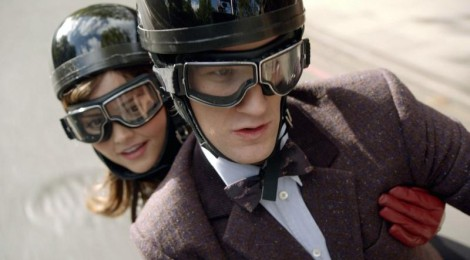 Doctor Who (2010-2013) Doctor-and-Clara-on-a-motorbike-470x260