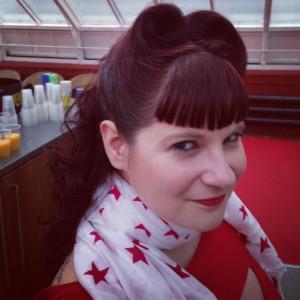 Lissie's vintage hair