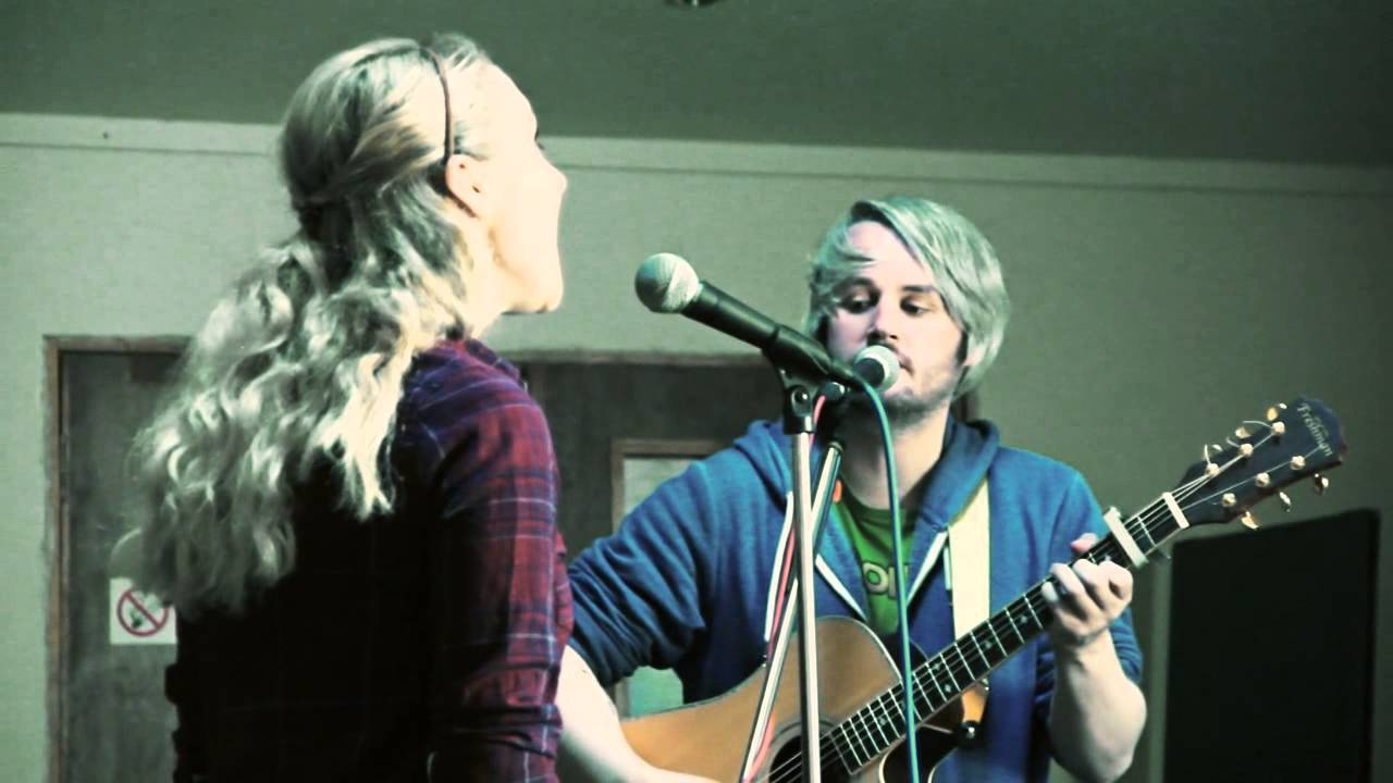 live review: collapsible mountains, forest cafe, edinburgh;