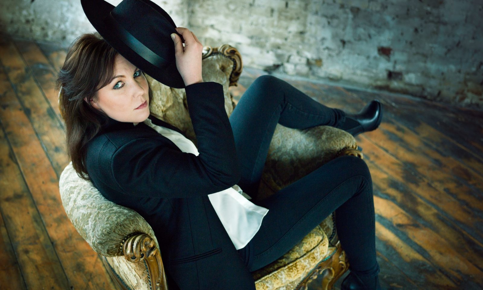 """""""songs have lives"""": the thea gilmore interview;"""