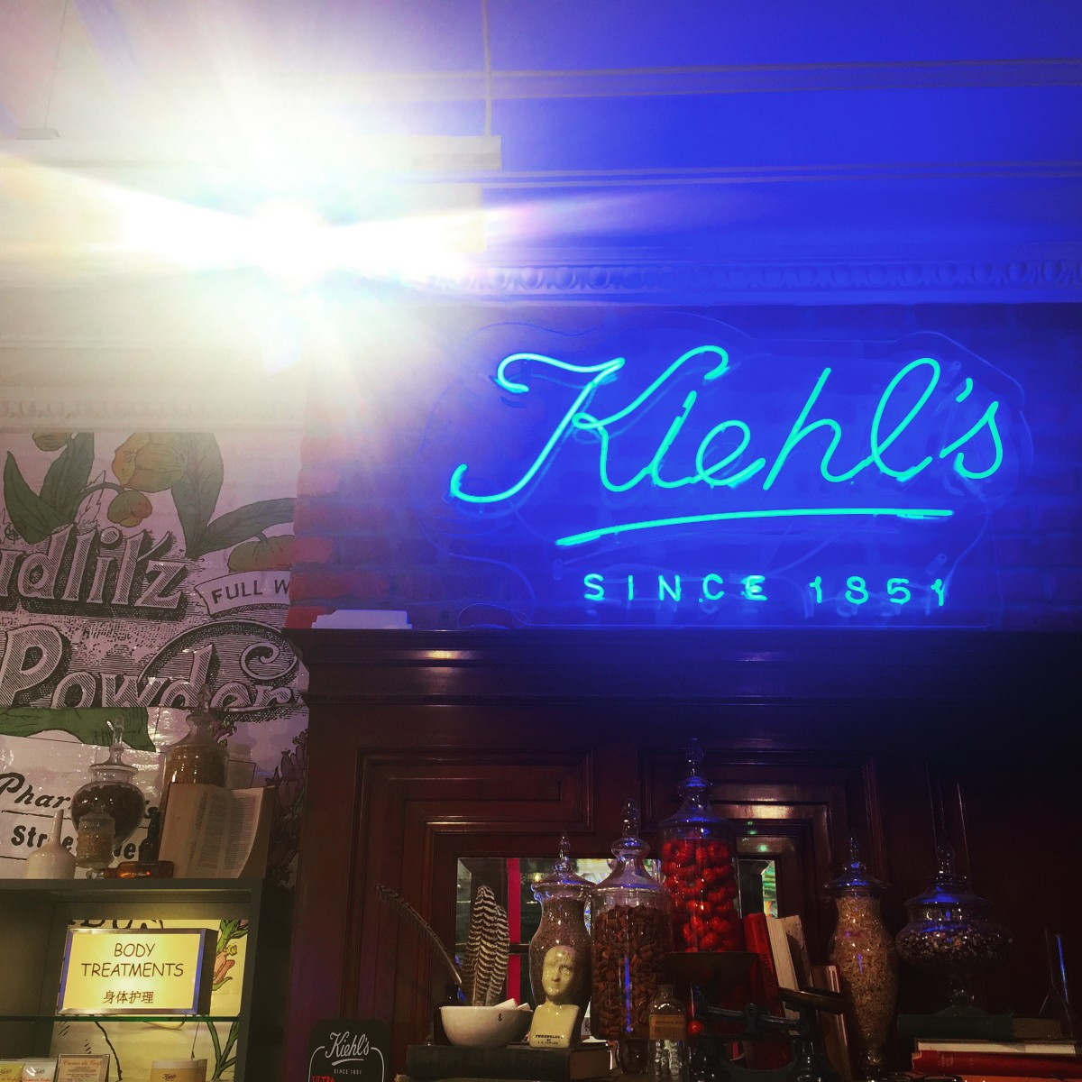 putting a face on it with kiehl's glasgow;