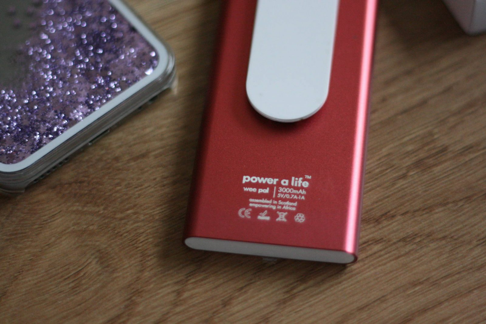 tech review: power a life's 'wee pal' portable charger;