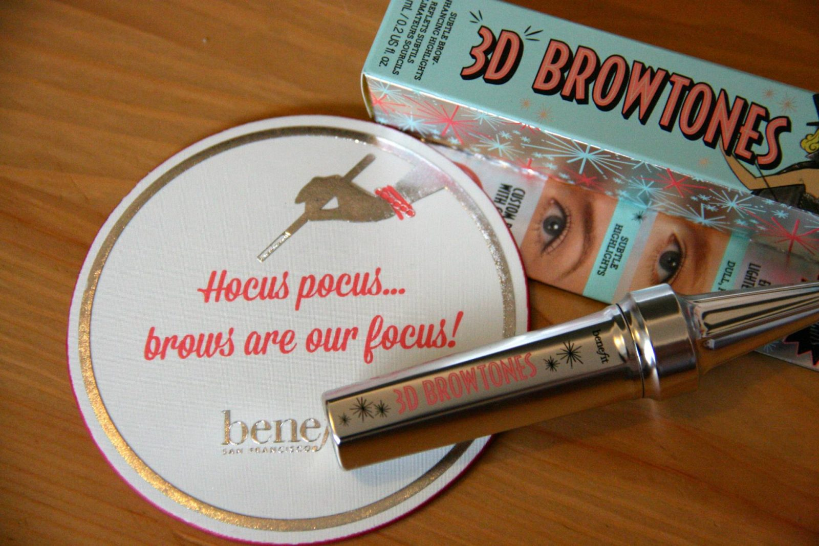 #BenefitBrows - 3D BROWtones