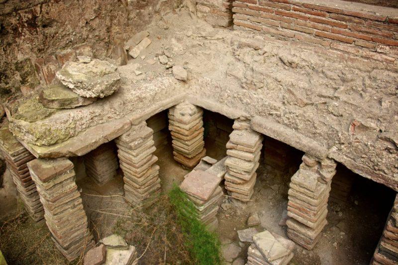 Travel bucket list - thermal baths of Pompeii, 2014