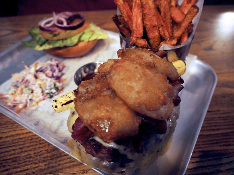 O'Neills Merchant Square Glasgow restaurant review - Hawaiian burger