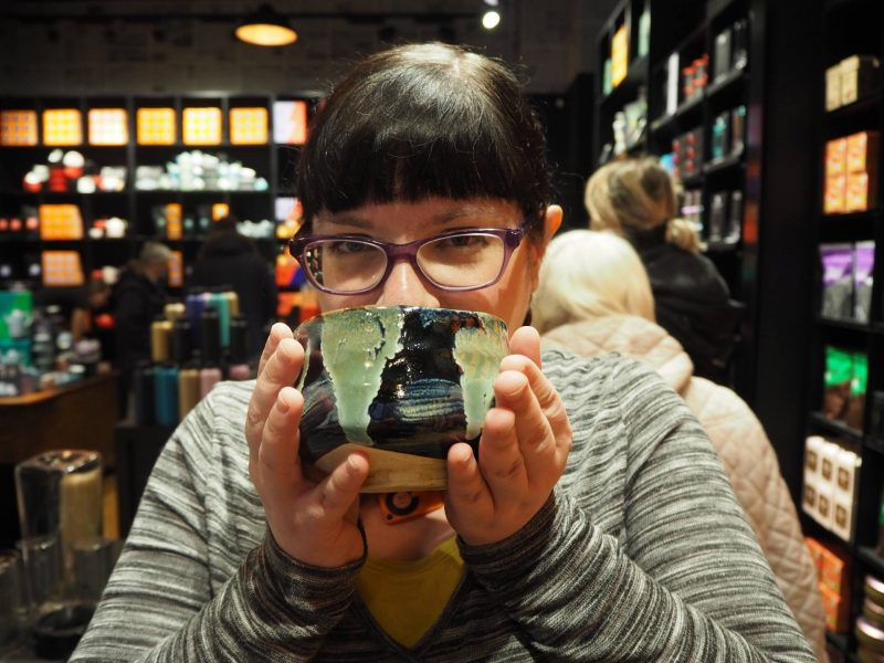 T2 Glasgow tea shop review - Lis drinks matcha