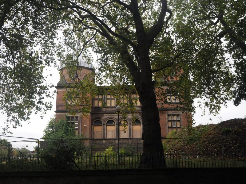 #Travelodgers Derby - 24 hours in Derby - abandoned Derbyshire Royal Infirmary hospital site