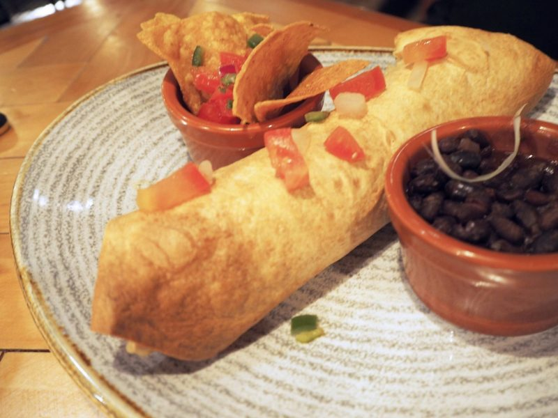 Revolucion de Cuba Glasgow restaurant review - burrito