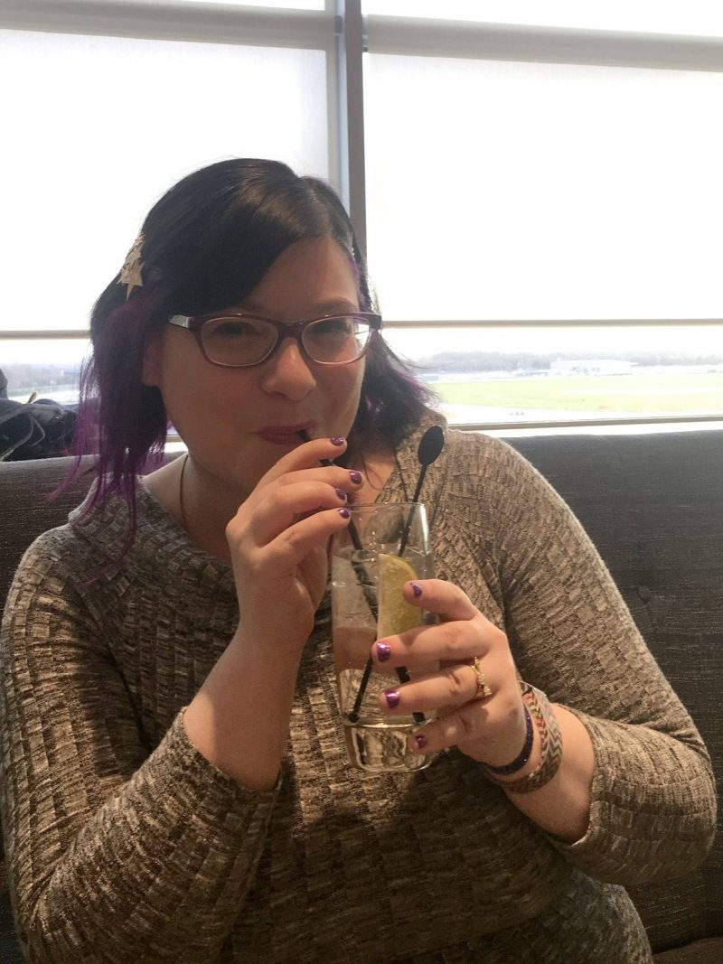 No 1 Lounges Gatwick Airport South Terminal review - chilling out with a G&T