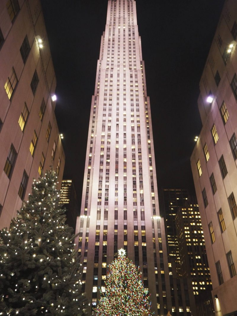 New York travel blog: Rockefeller Centre Christmas tree, 2017