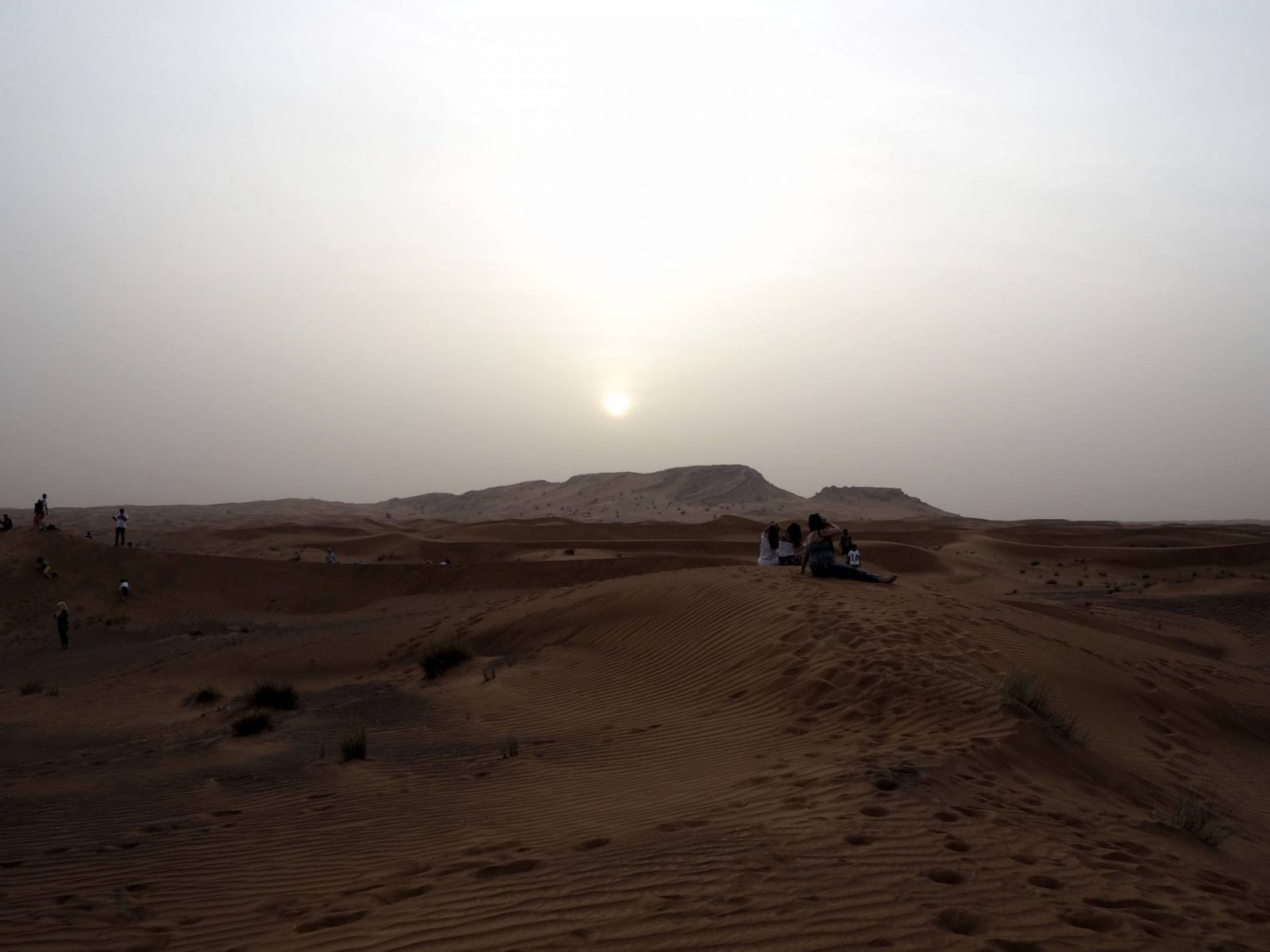 Sun sets over the Dubai desert