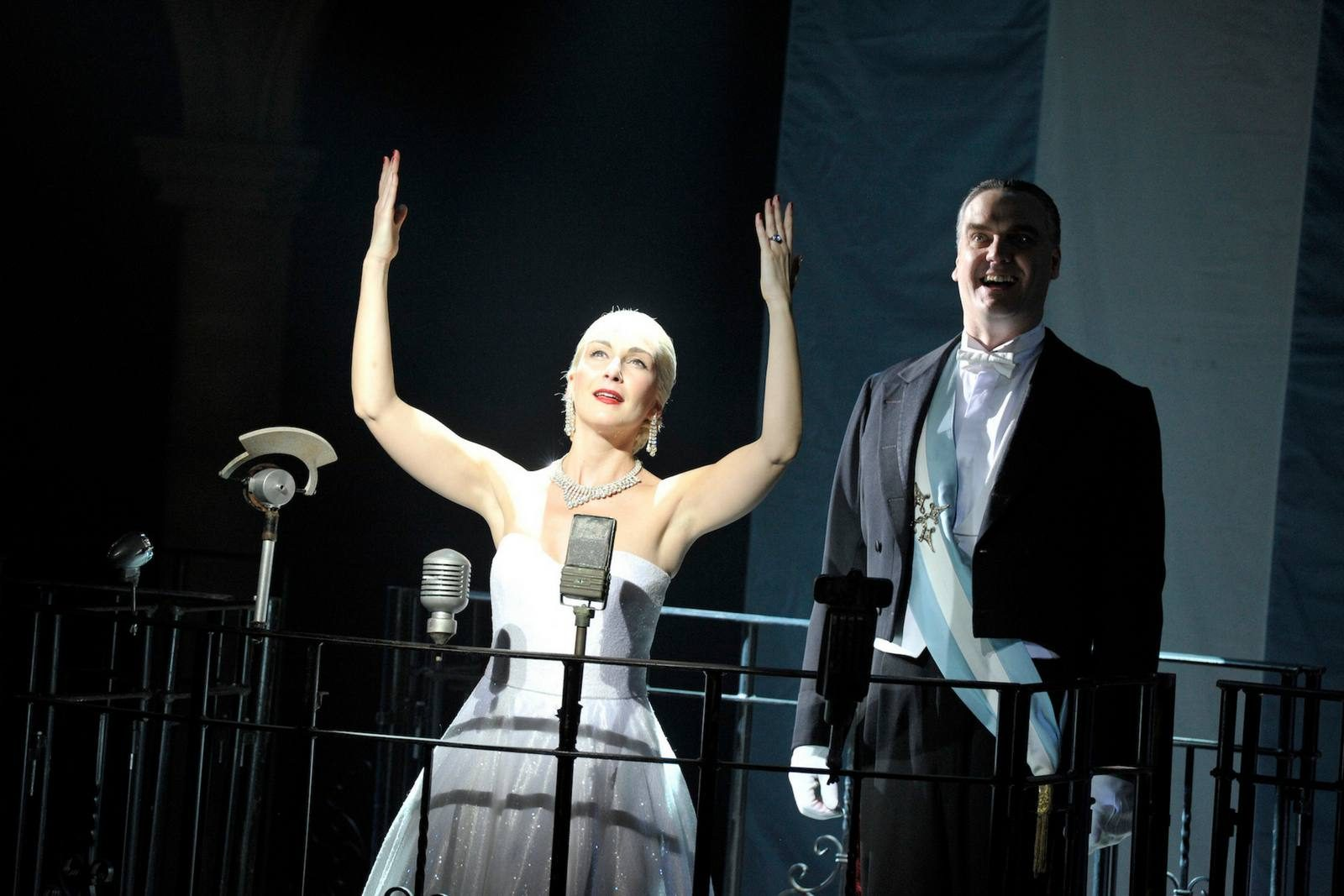 theatre review: evita, king's theatre, glasgow;