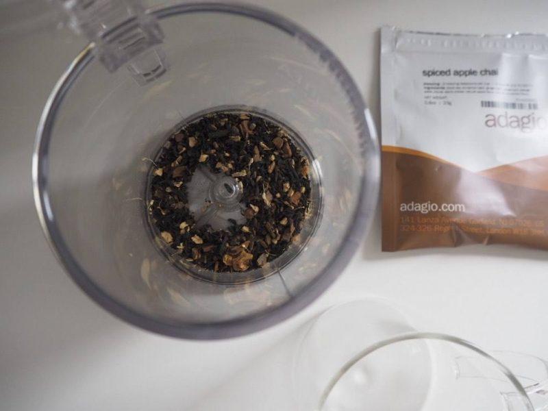 Adagio Tea loose leaf tea review and IngenuiTEA teapot
